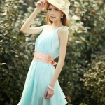 """""""พร้อมส่ง""""เสื้อผ้าแฟชั่นสไตล์เกาหลีราคาถูก Brand Yigingquancheng set 2 ชิ้น เดรสชีฟอง ทรงปล่อยบานๆ คอวี+ซับในสายเดี่ยวสีขาว มีผ้าผูกเอวสีขาว(ในรูปเป็นสีชมพู) -สีฟ้า"""
