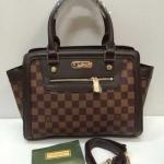 กระเป๋า Louis Vuitton มาใหม่ ทรงสวย ขนาด 10 นิ้ว พร้อมสายยาว ลายตารางน้ำตาล