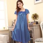 ชุดนอนไซส์ใหญ่ ผ้ามันลื่น สีฟ้า (L,XL,2XL)