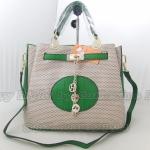 กระเป๋า  hermes   ขนาด 7x13x11 นิ้ว  สีเขียว