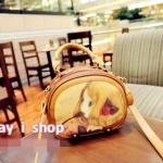 """""""พร้อมส่ง""""กระเป๋าแฟชั่น May i shop กระเป๋าถือ สะพายก็ได้ ด้านหน้าพิมพ์ลายเด็กผู้หญิงสีเหลือง จุของได้เยอะ มีสายสะพายให้ค่ะ"""