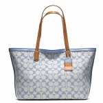 Coach legacy weekend printed signature zip top tote # 23107 สี SV / GREY CHAMBRAY