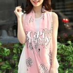 ผ้าพันคอลายโบว์ : Bow print scarf สีชมพู - ผ้าชีฟอง 160 x 45 cm