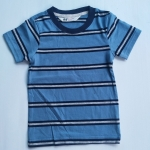 H&M เสื้อยืดหล่อๆ ผ้าดีนุ่มมาก ยืดหยุ่นใส่สบาย (ไม่มีตำหนิ) 2-4 ปี อก 22 นิ้ว