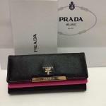 กระเป๋าสตางค์  Prada มาใหม่ 3 พับ 2 ชั้น สีสดใส งานสวย ขนาด  7.5 x 4 นิ้ว