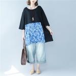 เสื้อยืดไซส์ใหญ่พิเศษ สีดำ คอกลม แขนสั้น ชายเสื้อตัดต่อผ้าลูกไม้สีฟ้าลายดอก (L/2XL)