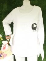 ขายส่ง:เสื้อผ้าป่านแต่งเป๋าสกีนยีราฟแบบน่ารักทรงใส่สบาย/อก38/ขาว