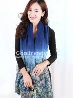 ผ้าพันคอลายทุ่งดอกไม้ Flower Garden : สีน้ำเงิน ผ้า Viscose size 180x90 cm