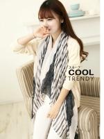 ผ้าพันคอลายทาง Stripes Scarf : สีครีม-ดำ - ผ้า Viscose - size 180 x 100 cm