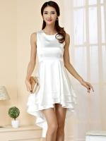 ชุดเดรสผ้าไหมซาตินไซส์ใหญ่ แขนกุด กระโปรงเลเยอร์หน้าสั้นหลังยาว สีขาว/สีดำ (XL,2XL,3XL)