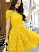 เดรสผ้าลูกไม้สีเหลือง คอกลม แขนสั้น (XL,2XL,3XL,4XL)