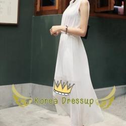 ชุดเดรสยาว (Maxi dress) แต่งคอจีนแขนกุดสีขาว เนื้อผ้าชีฟองพริ้วสวย มีกระดุมด้านหน้า ช่วงเอวยางยืด ใส่สบาย มีซับใน ใสทำงานสวย น่ารักจริงๆค่ะ