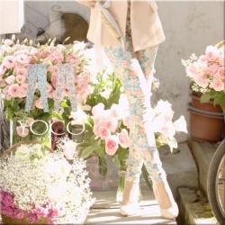 ♡♡Pre Order♡♡ กางเกงเกาหลีขายาว ผ้าคอตตอนเนื้อดี ลายดอกไม้สวยหวานๆ แนววินเทจ มีกระดุมด้านหน้า กระเป๋าข้าง ใส่สบาย ดูหรูหราน่ารักมากๆ ค่ะ