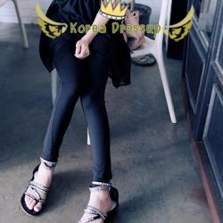 ♥♥ หมดจ้า ♥♥ กางเกงสกินนี่สีดำ แต่งลวดลายเก๋ๆ ใส่แล้วสวย แอบเปรี้ยวนิดๆ ค่ะ