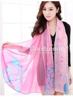 ผ้าพันคอลายดอกคาเนชั่น Carnation : สีชมพูฟ้า ผ้า Viscose size 180x90 cm