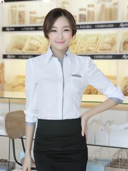 เสื้อเชิ้ตผู้หญิงแขนยาว สีขาว ขอบเทา