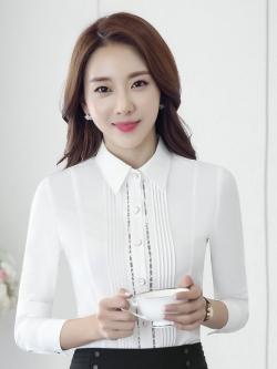 เสื้อเชิ้ตผู้หญิงแขนยาวสาปแฟชั่น สีขาว เป็นชุดทำงานชุดยูนิฟอร์มเรียบหรู