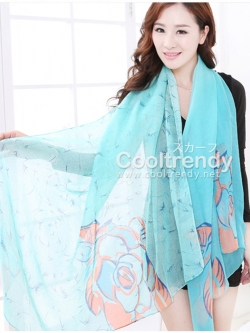 ผ้าพันคอลายดอกคาเนชั่น Carnation : สีฟ้า ผ้า Viscose size 180x90 cm