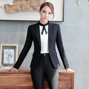 ชุดสูทผู้หญิงยูนิฟอร์มพนักงานออฟฟิต เสื้อสูทมีปกสีดำพร้อมกางเกงสูทสีดำ