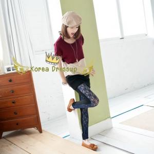 ♥♥พร้อมส่งค่ะ♥♥ กางเกสกินนี่สีน้ำเงินกรมท่าขายาว แต่งลูกไม้ด้านหน้า