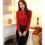 เสื้อแขนยาวแฟชั่นสีแดง เรียบหรู thumbnail 4