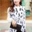 ผ้าพันคอลายหัวกะโหลก Skull pattern scarf : สีขาวดำ : ผ้าพันคอชีฟอง - size 170*70 cm thumbnail 2
