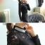 เสื้อลูกไม้แขนยาวสีดำสวยหรู คอประดับเพชร thumbnail 3