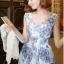 """size M""""พร้อมส่ง""""เสื้อผ้าแฟชั่นสไตล์เกาหลีราคาถูก Brand Hanphee เดรสลายดอกไม้สีน้ำเงิน แขนกุด คอวี สม็อกเอว ซิปหลัง มีซับใน thumbnail 1"""