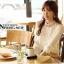 เสื้อเชิ้ตแฟชั่นทำงานผู้หญิงแขนยาวลูกไม้สีขาว ปกสีชมพูโอรส thumbnail 2