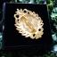 ขายส่ง:พร้อมส่งเข็มกลัดร.๙ชุปทองแต่งลวดลายสวยงามพร้อมกล่องใส่/ขนาด3.5x4.5ซม thumbnail 2