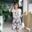"""""""พร้อมส่ง""""เสื้อผ้าแฟชั่นสไตล์เกาหลีราคาถูก set 2 ชิ้น เสื้อสีขาวแขนกุด ด้านหน้าตัวGแต่งลายดอกไม้ + กระโปรงลายดอก ซิปหลัง ไม่มีซับใน -สีเขียว thumbnail 1"""