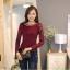 เสื้อทำงานผู้หญิงแขนยาวลูกไม้สีแดง คอประดับมุก สวยหรู thumbnail 5