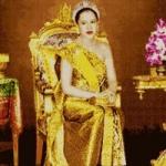 พระราชินีทรงบัลลังก์