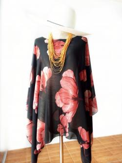Handkerchief Chiffon Blouse Free Size สีดำลายดอกแดงอมส้ม
