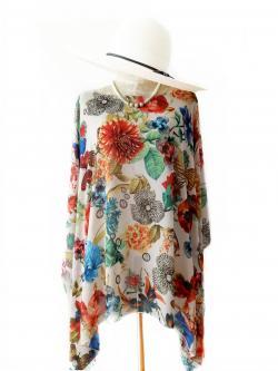 Handkerchief Chiffon Blouse Free Size สีครีมลายดอก
