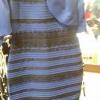 เมื่อมีคนโพสต์รูปชุดเดรสชุดนี้ลงในไทม์ไลน์ลองมองดู แล้วตอบซิว่าเห็นเป็นชุดสีอะไร