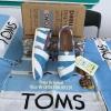 รองเท้า Tom ลายทางฟ้าขาว พื้นนิ่มใส่สบาย