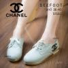 รองเท้าผ้าใบหุ้มข้อ แบรนด์ Chanel แบบผูกเชือกคลาสสิค