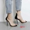 รองเท้าส้นสูงแฟชั่น หนังแก้วใส ส้นอะคริลิคใสสูงประมาณ 5 นิ้ว หรูหราสวยงามมาก