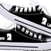 รองเท้าผ้าใบ ศิลปิน UNIQ