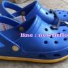 รองเท้า crocs retro clog รุ่นเรโทร สีน้ำเงิน