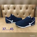 รองเท้าผ้าใบ Nike 37-4