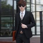 พร้อมส่ง ชุดสูทผู้ชาย สีดำ เสื้อสูท+เสื้อกั๊ก+กางเกง เข้าชุด กระดุมหน้า 2 เม็ด