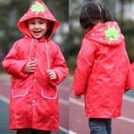 เสื้อกันฝนน่ารักสำหรับเด็กยี่ห้อ Linda ลายสตอเบอรี่