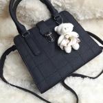 กระเป๋าหนัง FASHION หนังสวย แถมตุ๊กตาหมีฟรี ขนาด 10.5 นิ้ว