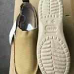 รองเท้าแตะ Crocs สีครีม ไซส์ 38-40
