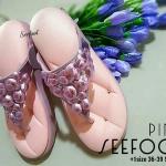 รองเท้าสวยเพื่อสุขภาพสไตล์ sofa หูคีบ สายแต่งดอกไม้ด้านหน้า พื้นเก๋แต่ง หมุดอะไหล่ทอง