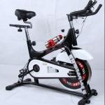 เครื่องออกกำลังกาย จักรยานนั่งปั่น Spin Bike รุ่น QMK-1501