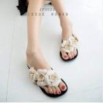รองเท้าแตะยางซิลิโคน มาพร้อมกับดอกไม้สไตล์แบรนด์ Melissa