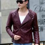 พรีออร์เดอร์ เสื้อแจ็คเก็ตหนัง PU เสื้อหนัง สีแดงไวน์ คอตั้ง ซิปเฉียง แต่งบ่า ใส่ขี่มอเตอร์ไซค์ ใส่เป็นเสื้อคลุม ใส่เท่ ใส่สบาย